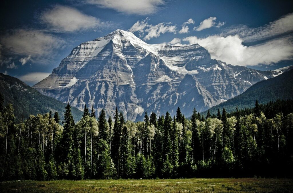 Canadian, Mountains